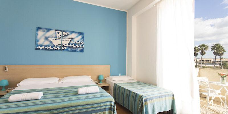CAMERA QUADRUPLA - BAIA DEL SOLE HOTEL - MARINA DI RAGUSA - 4