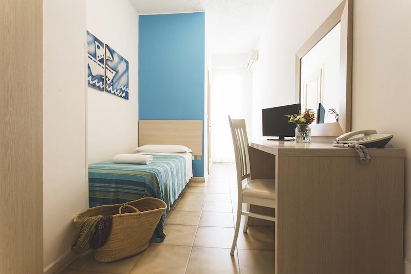 CAMERA SINGOLA - BAIA DEL SOLE HOTEL - MARINA DI RAGUSA - 1