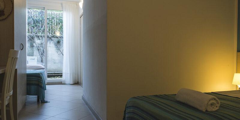 CAMERA TRIPLA - BAIA DEL SOLE HOTEL - MARINA DI RAGUSA - 10