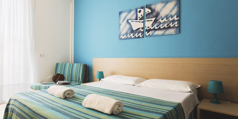 CAMERA TRIPLA - BAIA DEL SOLE HOTEL - MARINA DI RAGUSA - 4