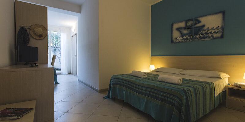 CAMERA TRIPLA - BAIA DEL SOLE HOTEL - MARINA DI RAGUSA - 8